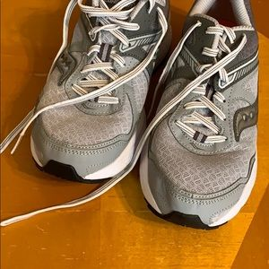 Saucony Shoes - Saucony Cohesion 10